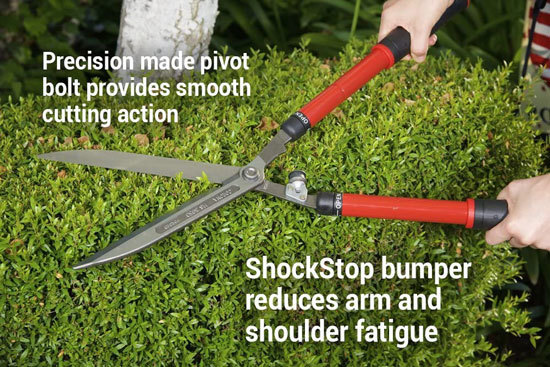 Best Hedge Shears For Your Garden Corona HS 3950 Extendable Hedge Shear